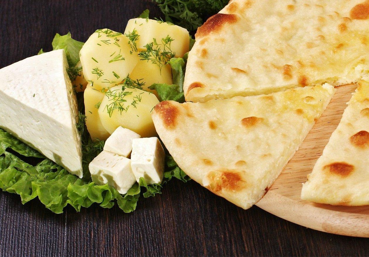 Картофджин – Осетинский пирог с сыром и картофелем