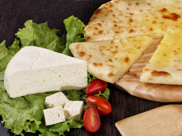 Уалибах – Осетинский пирог с начинкой из осетинского сыра
